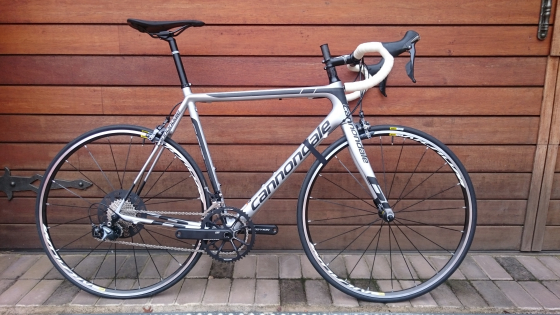 R 30 000 For Sale. Cannondale road bike ... b746a091d