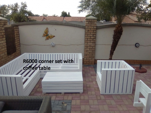Corner Patio set