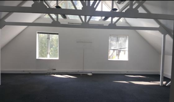 200m office in Faerie Glen