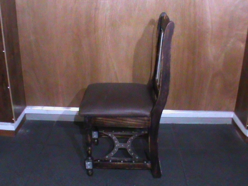 Chair wood/metal combination