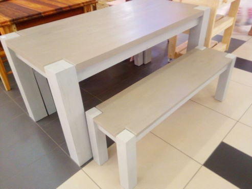 Beautiful Modern Solidwood Dining Table With Benches