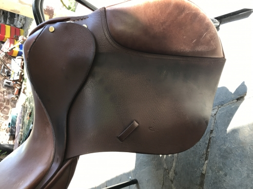 18 Brown non adjustable Leather saddle