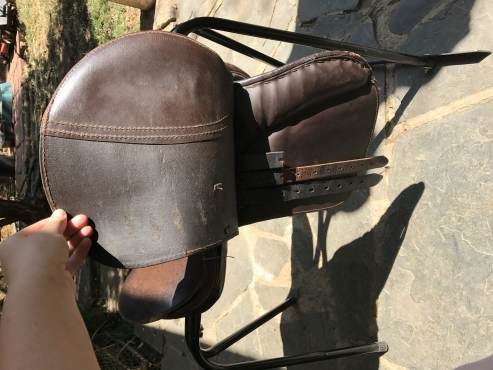 Brown 15 leather GP saddle for sale.