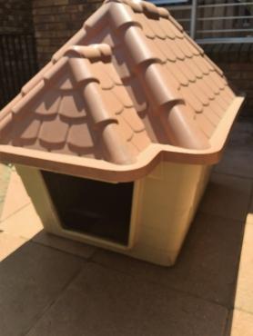 Large Dog Hut.