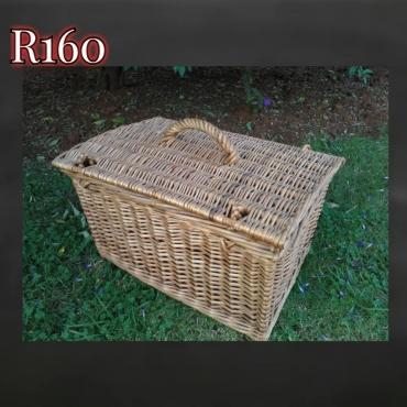Rectangular picnic basket