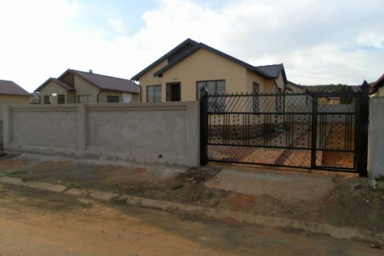 House to Rent , 3 Bedroom with suit ,