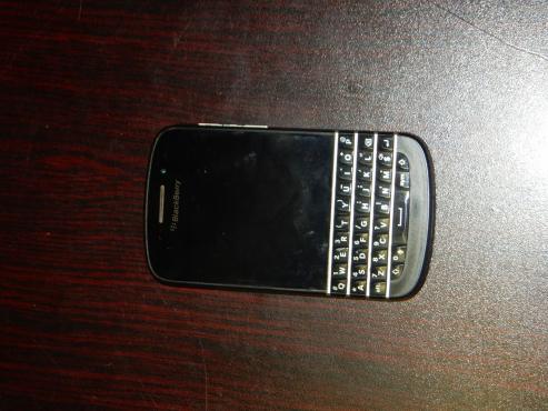 Blackberry Q10 Cell Phone