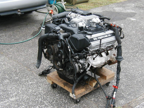 TOYOTA 1UZFE Engine