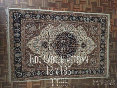 Indo Sarouk Persian Rug