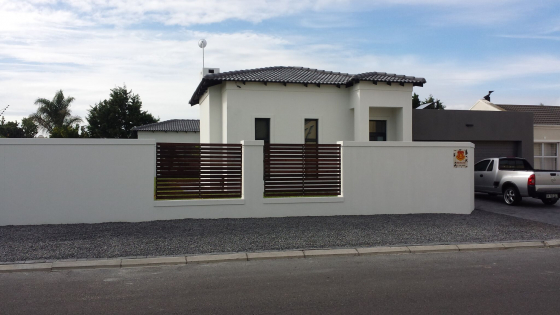 New 4 bedroom house in quiet area to let