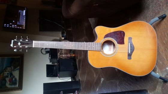 Ibanez AW400CE LVG incl built in tuner