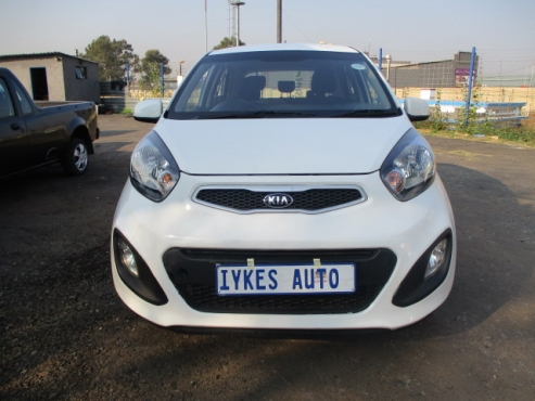 Kia picanto 1.1 lx 5-doors, Factory A/c, C/d Player, Central Locking,  White in Color, 51000Km, Powe