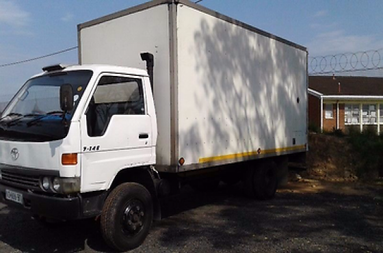 Great condition 2000 Model Toyota Dyna for sale