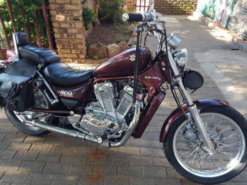 Madison : Suzuki intruder for sale