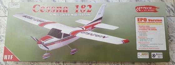Cessna 182 Remote Control Model Airplane