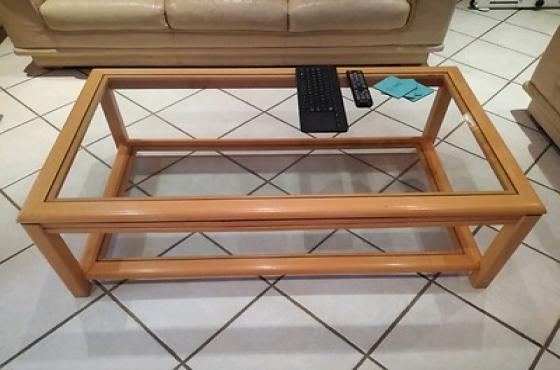 6 Piece Beige Leather Lounge Suite & Tables