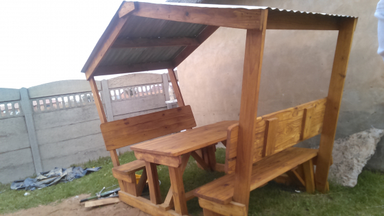 New wooden backrest 6 seater with roof on for sale