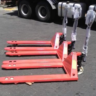 Pallet Truck New 3000 KG NEW