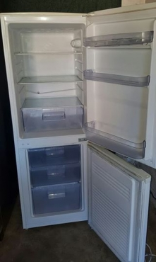 220litre Defy fridge freezer
