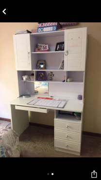 Mokki bedroom furniture