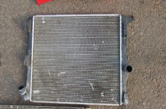 2011 Renault Logan Radiator For Sale.