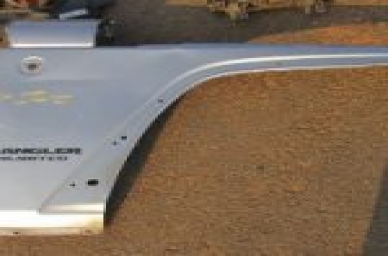 Jeep Wrangler Right Fender Silver For Sale