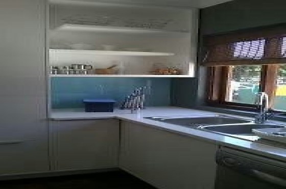 Kitchen and build in cupboards junk mail for Affordable kitchens gauteng