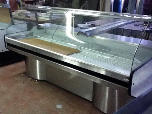 2.0m Curved Glass Me