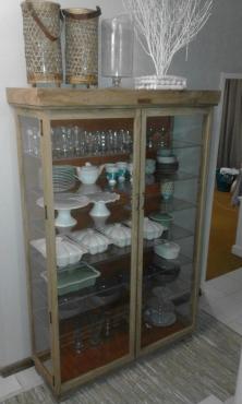 Ornamental Display Cabinet ,Solid Super Brown A- grade Kiaat Display CABINET ,Dust Proof !