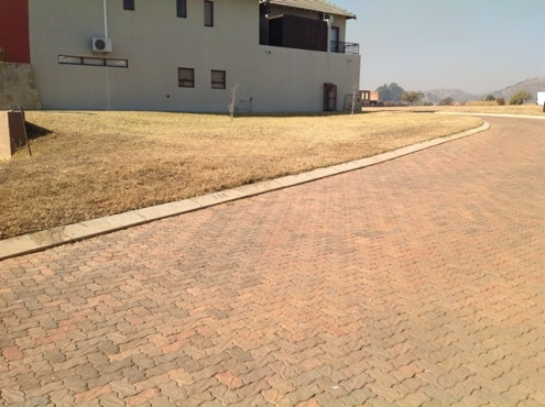 Private Treaty Sale Of A Vacant Residential Stand In The Island Estate In Hartbeespoort, North West