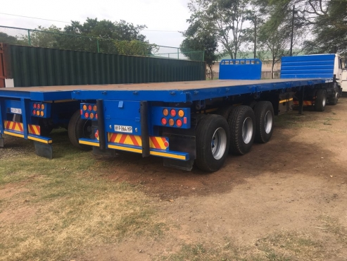 two tri-axle trailors R150 000 neg