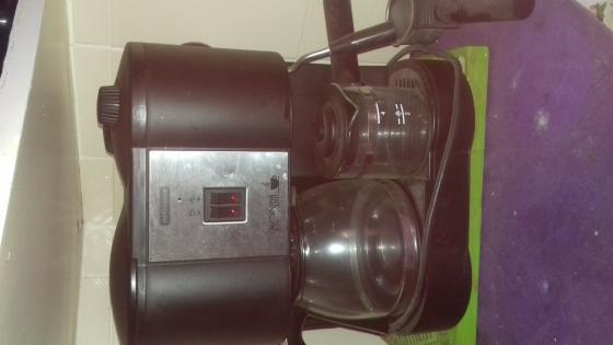3 - 1 Mellerware Modena coffee maker