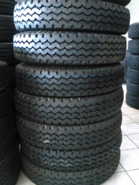 9.00x20, 10.00x20 and 11.00x20 New Retread Tyres For Sales in Witbank Mpumalanga