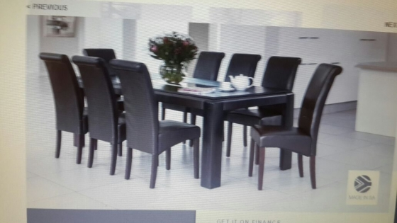 stylish and affordablemissouri 8 piece dinning suite (R8000-R7500 negotiable)