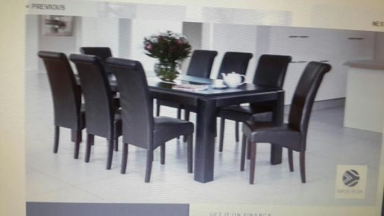 stylish and affordablemissouri 8 piece dinning suite