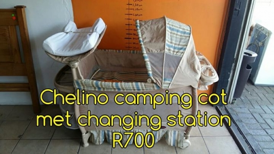 Chelino camping cot met changing station