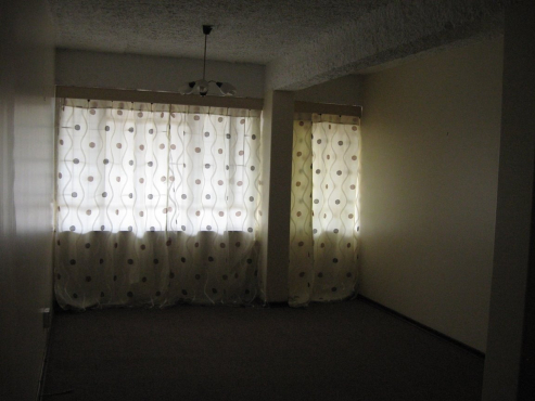 ONE BEDROOM APARTMENT ON GROUND FLOOR IN A SECURE COMPLEX