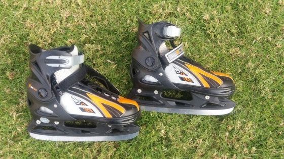 Ice Skates including Ice Hockey Kit for sale