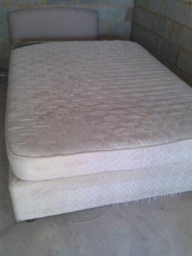 Edblo dbl bed(sponge mattress)