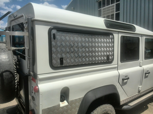 Gull Wing Tip Up Doors for Land Rover Defender 110