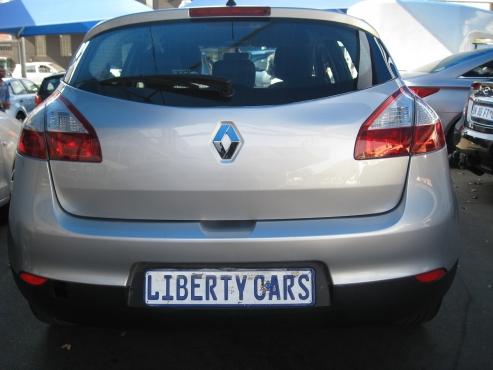 2011 Renault Megane 1.6 Dynamique 85,757km Hatch Back Front Electric Windows, Manual Gear, Key-less