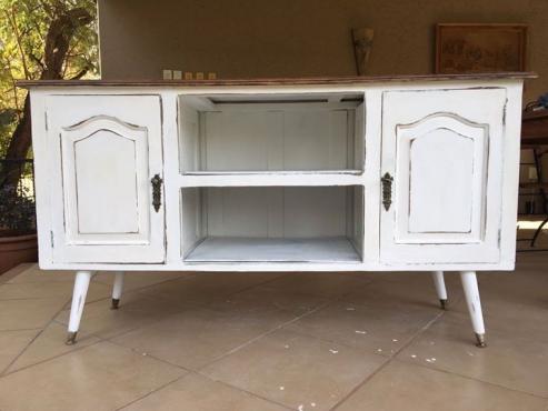 Server sideboard antique retro white