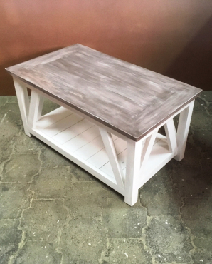 Coffee table Cottage series 1000 with x sides Chalk paint Two tone