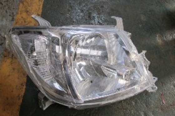 2009 Toyota Hilux Right Headlight New Original For Sale