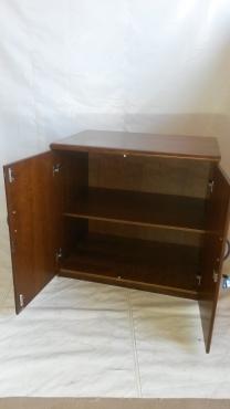 Veneer wood cabinet