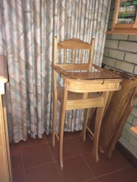 Eetkamer meubels. | Junk Mail