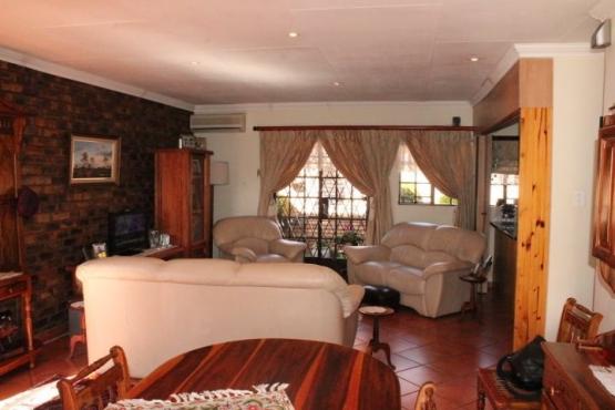 Dennendal 2 slaapkamer grannyflat