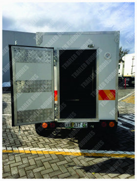 Hire a 2.3m  freezer/cooler trailer to keep your products fresh.
