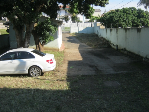 4 HOUSES ON ONE LARGE PROPERTY WITH 12 BEDROOMS IN CLARE ESTATE DURBAN FOR SALE