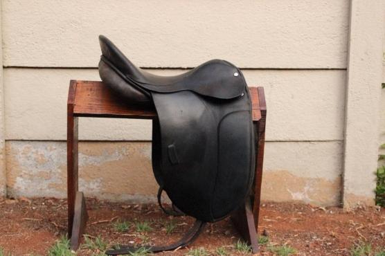 Trident Dressage saddle.